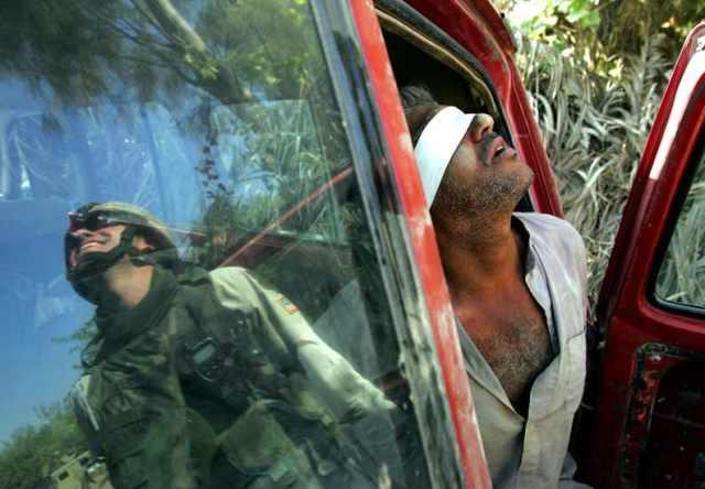 Letartóztatás Baquba 2005 október 15 Fotó Reuters  Jorge Silva