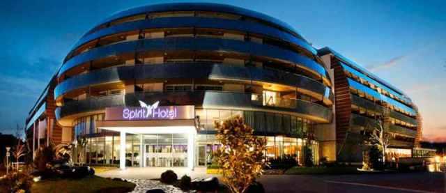 spirit-hotel-epulete-ejszaka