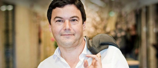 Stockholm, 2015. január 1. 2014. június 30-i kép Thomas Piketty francia közgazdászról Stockholmban. Piketty, akinek a gazdagságról és egyenlőtlenségekről írt könyve nemzetközi eladási listákat is vezetett, 2015. január 1-jén bejelentette: nem fogadja el a legmagasabb francia állami kitüntetést, a Becsületrendet. A 44 éves közgazdász azt mondta, azért utasítja el a jelölést, mert álláspontja szerint nem a kormányoknak kellene megmondaniuk, ki méltó a kitüntetésekre és ki nem. Szerinte a kormánynak inkább a gazdasági növekedéssel kellene foglalkozni. (MTI/EPA/Pontus Lundahl)